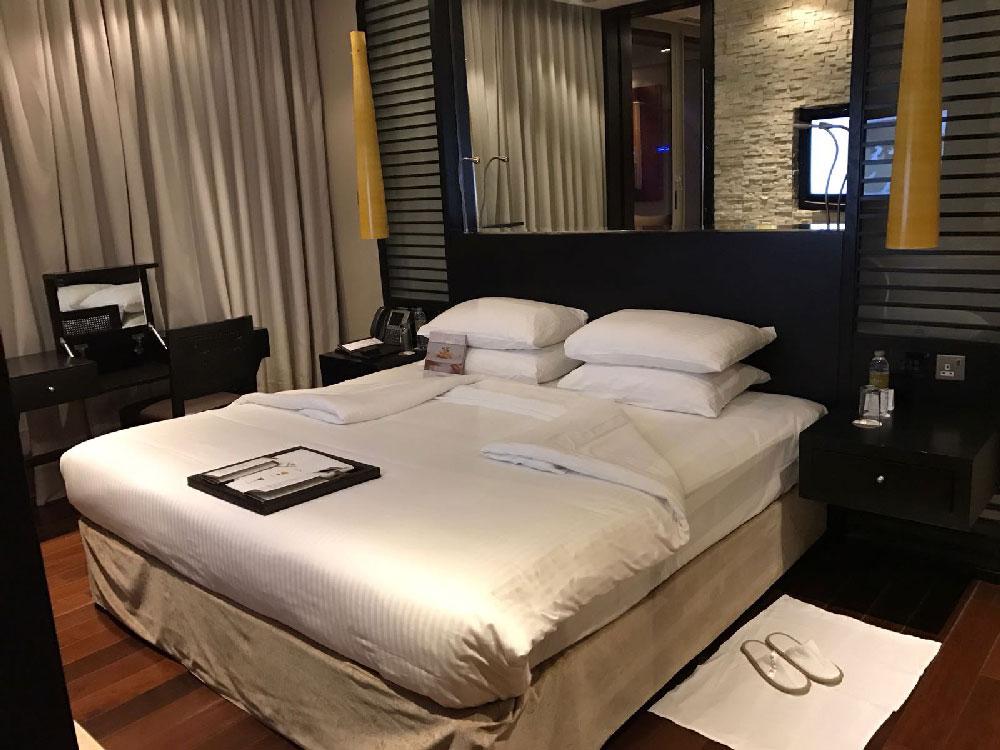 junior-suite-bedroom-rixos-dubai